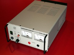 PeakTech 1530 LBN: Linear controlled, stabilised power supply.